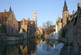 Esta é Bruges (foto tirada da internet :P).