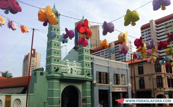 Nem é preciso sair de Chinatown para ver um pouquinho da Índia em Singapura.
