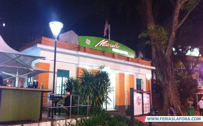 Outro atrativo é o Maxwell Food Centre, que possui grande variedade de comida boa e barata.