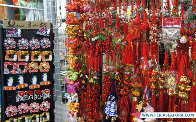 Chinatown é o melhor lugar para comprar lembrancinhas de Singapura. A variedade é incrível e os preços são ótimos. Me surpreendi também com a qualidade dos produtos.